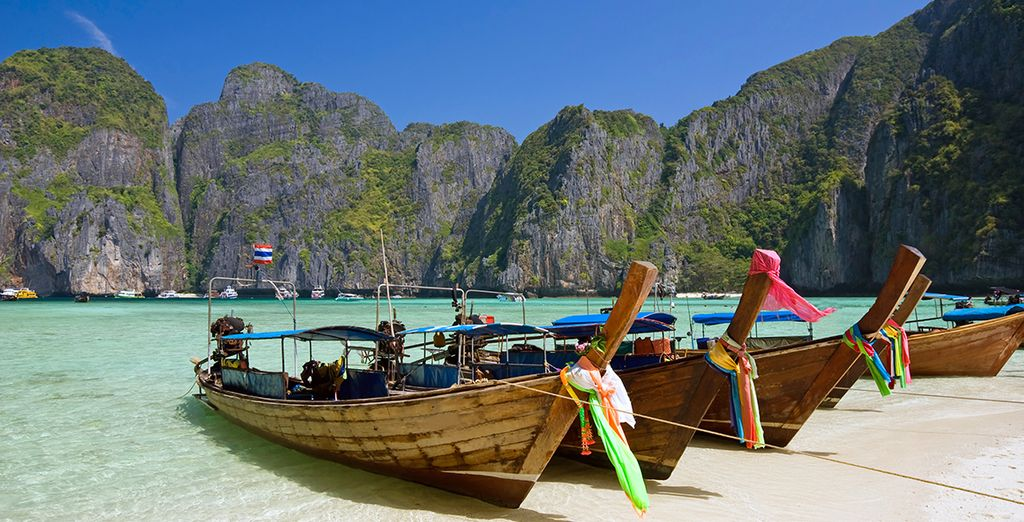 Phuket, con sus aguas turquesas y arenas blancas