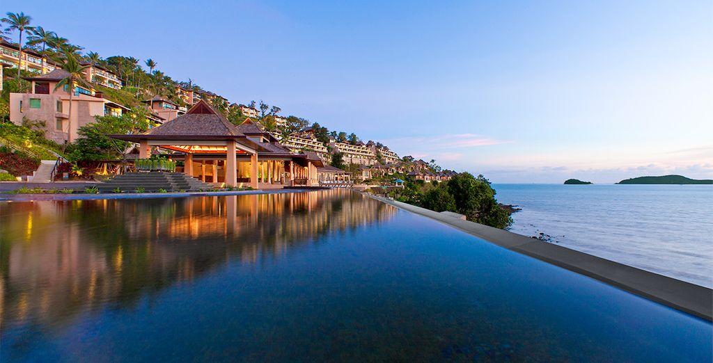 Impresionantes vistas desde la piscina Horizon del The Westin Siray Bay Resort & Spa 5*