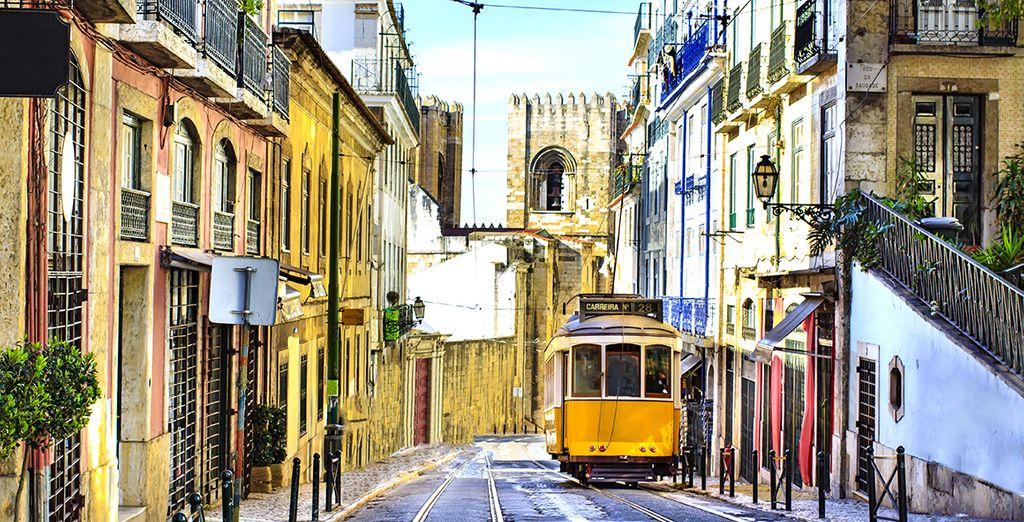 Pour vos prochaines vacances, choisissez la liberté d'un autotour - Autotour Découverte du Portugal en 7 nuits en 4* Lisbonne
