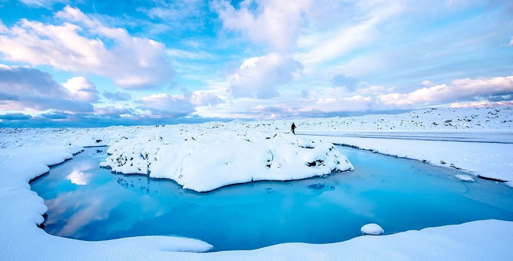 Discover the glorious natural wonders of Iceland - Reykjavik Lights Hotel & Hotel Geirland 3/4* Reykjavik