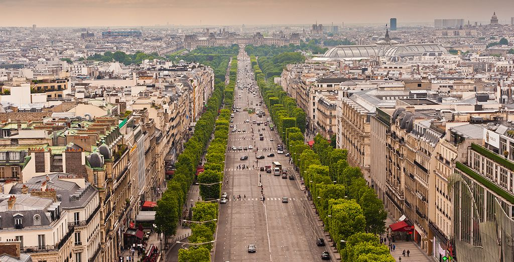 Explore the beauty of Paris!