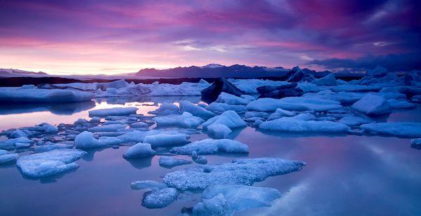 Icelandair Hotel Reykjavik Natura 4* & excursions