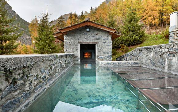 annesso al grand hotel il centro termale spa benessere bagni nuovi accessibile direttamente dalle camere dellalbergo in costume e accappatoio