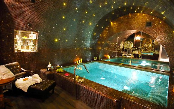 Unique Parisian Boutique with Spa & Plunge Pool