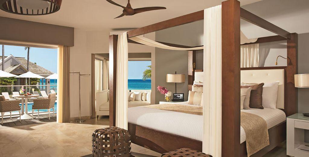 Übernachten Sie in einer Junior Suite mit Blick auf das Meer