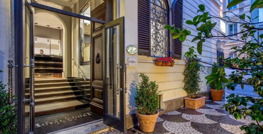 Das stilvolle Royal Court 4* Hotel öffnet Ihnen die Türen