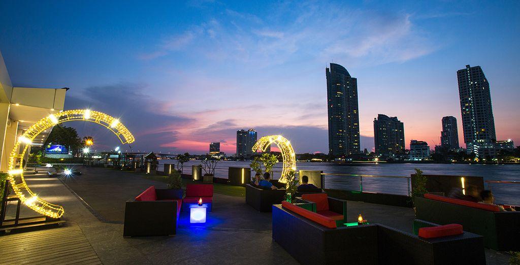 Am Ufer des Flusses Chao Phraya
