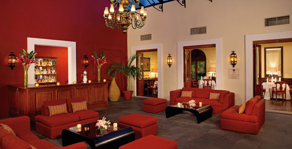 Genießen Sie einen Drink in der Barracuda Lounge