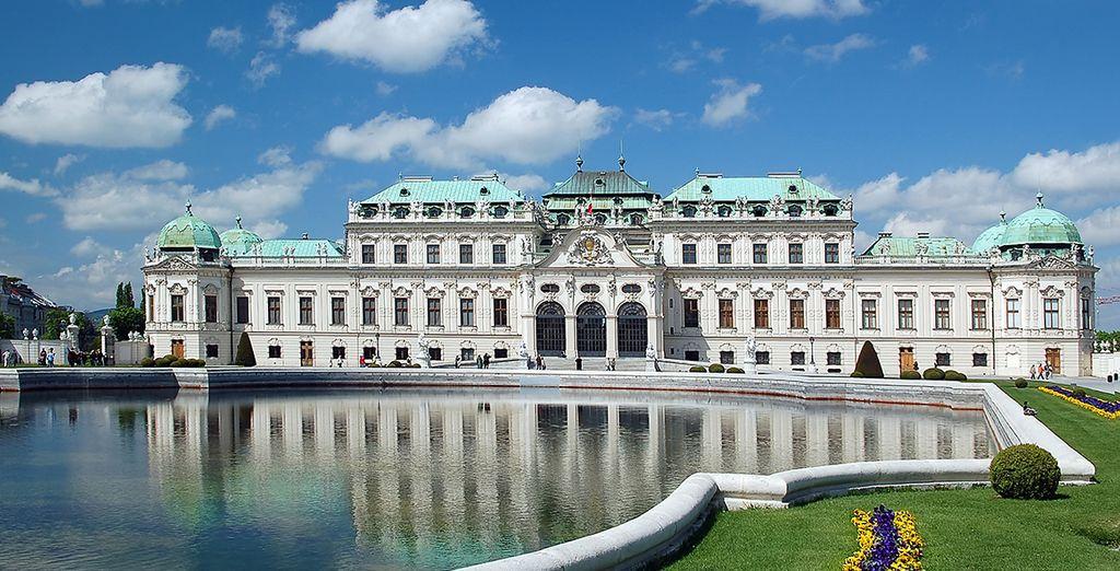Besuchen Sie seine prächtigen Paläste und Museen