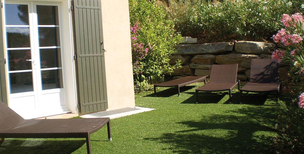 Entspannen Sie im wunderschönen Garten...
