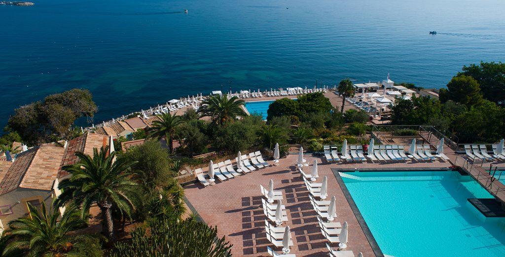Das Domina Coral Bay Sicilia Zagarella 4* Hotel heißt Sie herzlich willkommen!