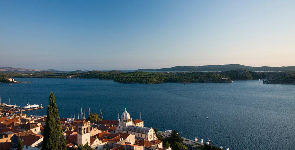 Die historische Innenstadt von Šibenik ist nur 3km entfernt