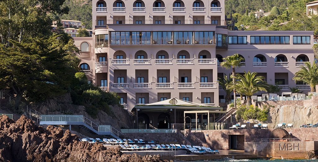 Das Tiara Miramar Beach Hotel & Spa erwartet Sie