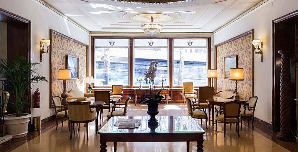 Das Hotel Príncipe Pío begrüßt Sie herzlich!