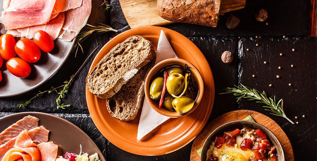 Und entdecken Sie die typische spanische Gastronomie