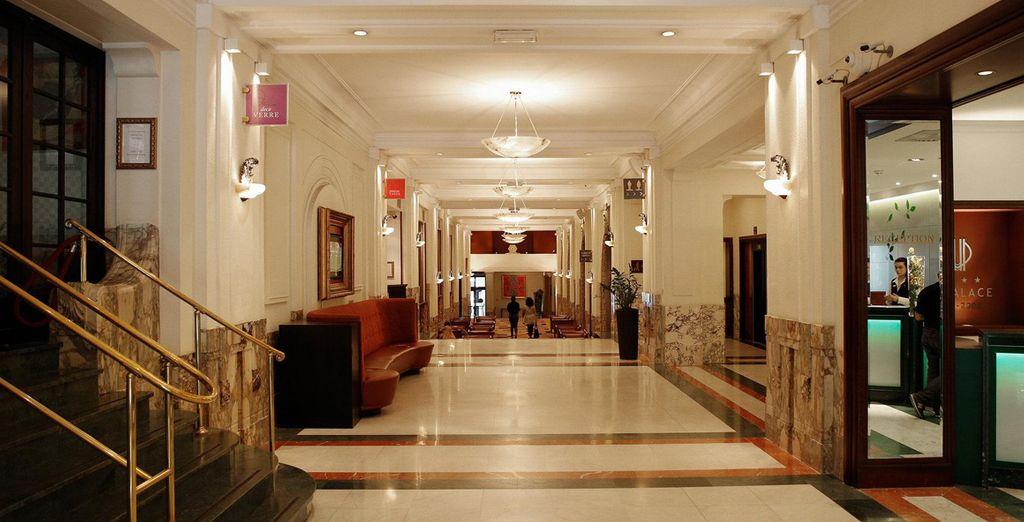 Ihr Hotel Crowne Plaza Brussels 4*