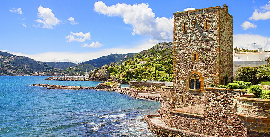 Entdecken Sie das Schloss am Meeresufer