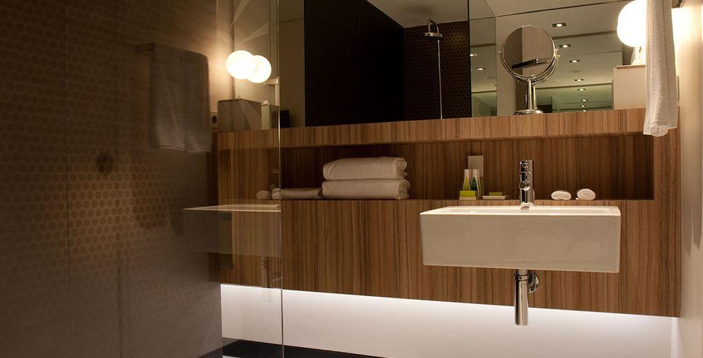 Ihr geräumiges, modernes Badezimmer
