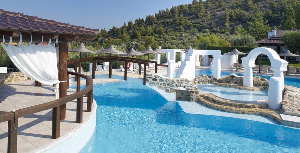 Willkommen im Athena Pallas Village 4* Hotel