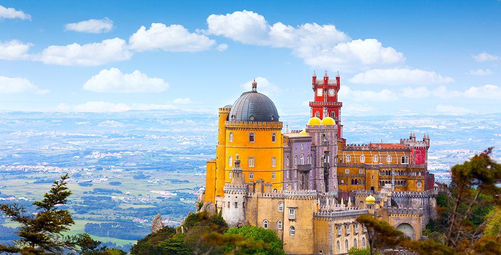 Schauen Sie sich Pracht von Sintra an nur weniger als 30 Minuten von Lissabon entfernt