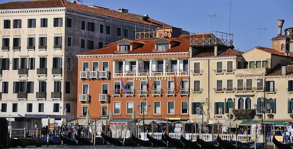 Übernachten Sie im Hotel Savoia & Jolanda 4*
