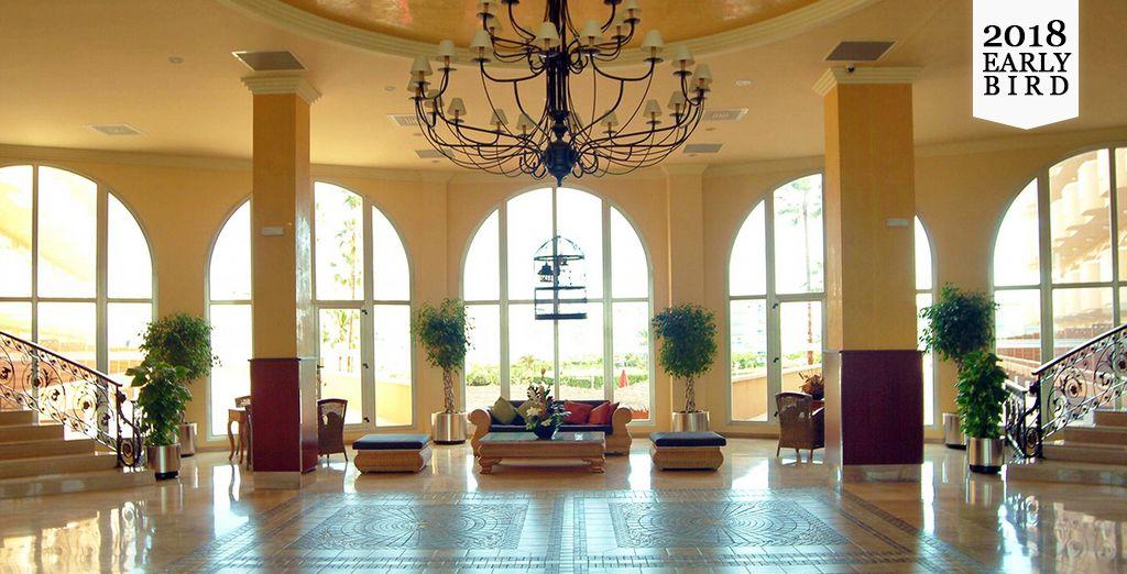 Willkommen im Gran Hotel La Hacienda 4*
