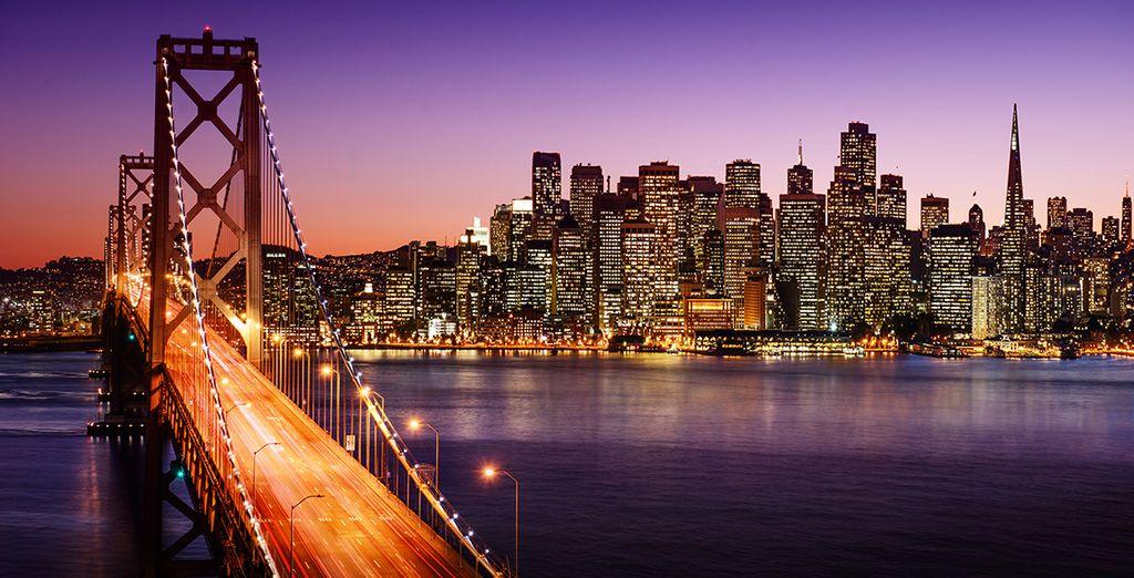 Bewundern Sie die vielen Lichter New Yorks in der Nacht