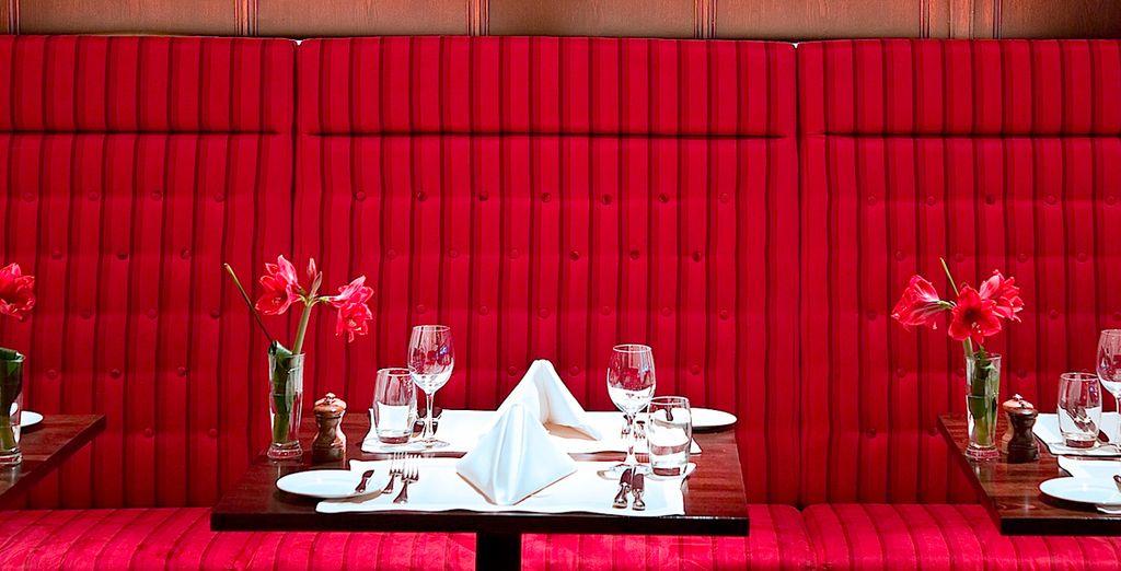 Wie wäre es mit einem romantischen Abendessen?
