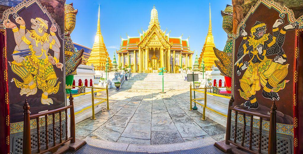 Besichtigen Sie in jedem Fall die Tempel in Bangkok
