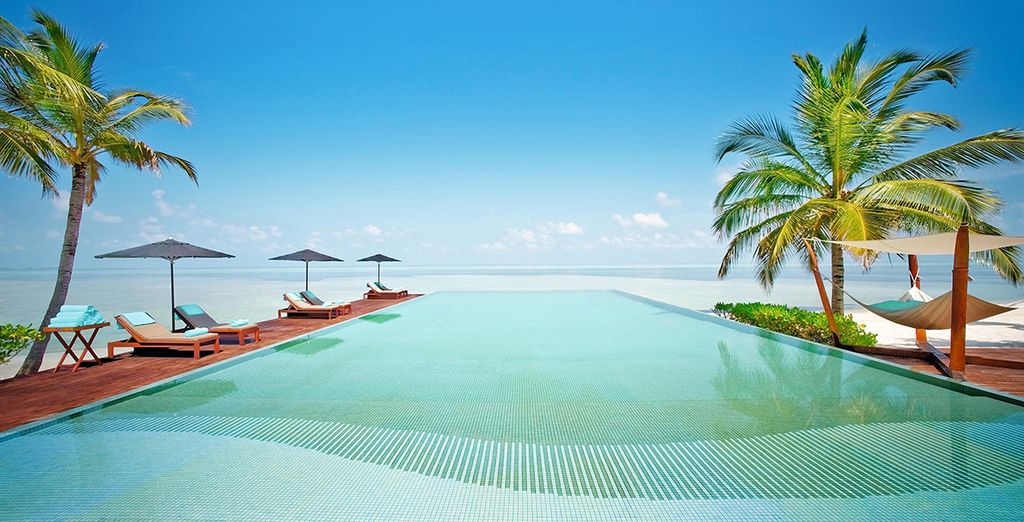 Lux South Ari Atoll 5* LUXURY mit optionalem Stopover in Dubai