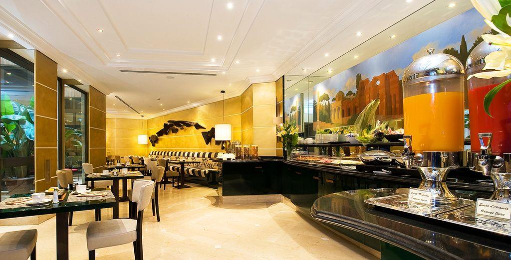 Im hoteleigenen Restaurants können Sie sich die leckeren Gerichte schmecken lassen