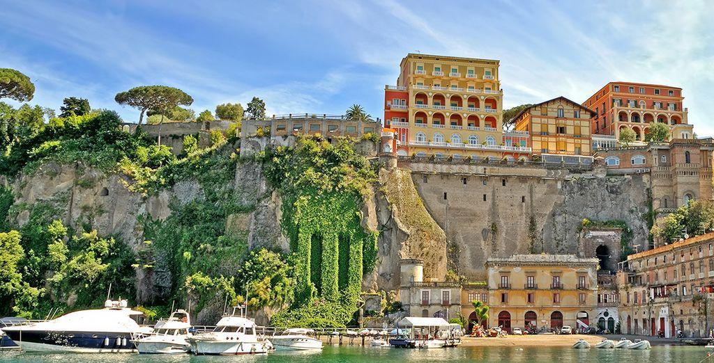 La hermosa ciudad de Sorrento se encuentra a tan solo 40 km