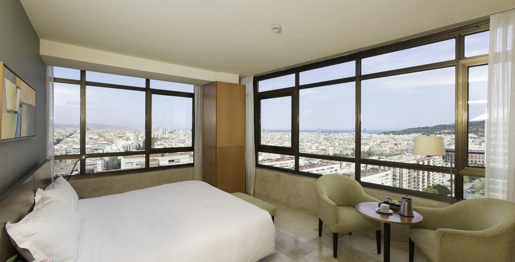 O la Suite, donde podrás admirar unas magníficas vistas tanto de día como de noche