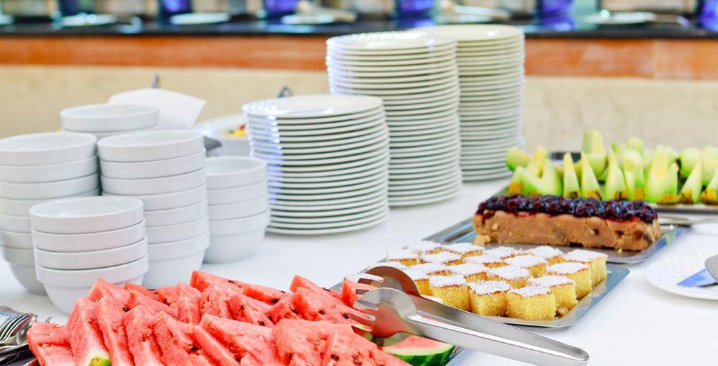 Un buffet completo a su servicio