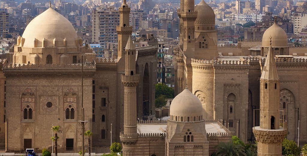Dispondrá también de tiempo libre para conocer la vida de El Cairo