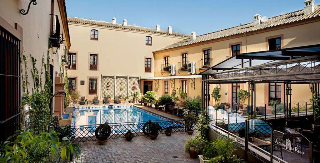 Hotel Alcázar De La Reina 4*