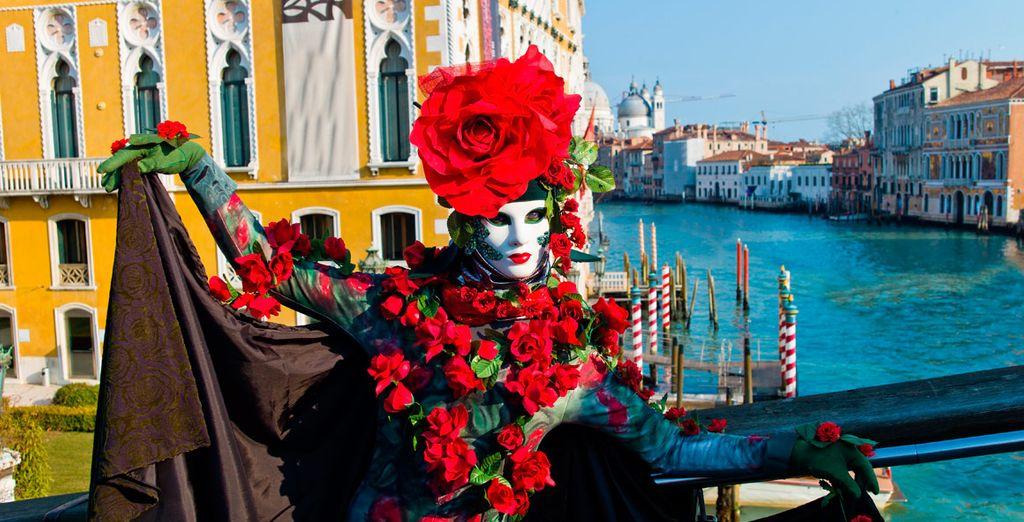 Disfrute del famoso Carnaval de Venecia