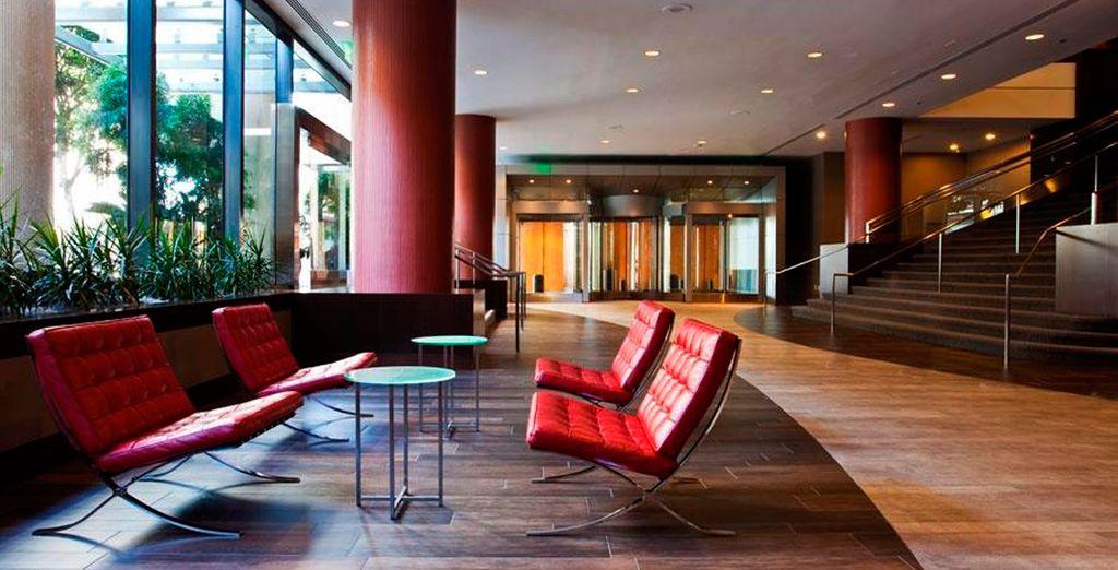 Este hotel se caracteriza por su línea elegante y su decoración acogedora