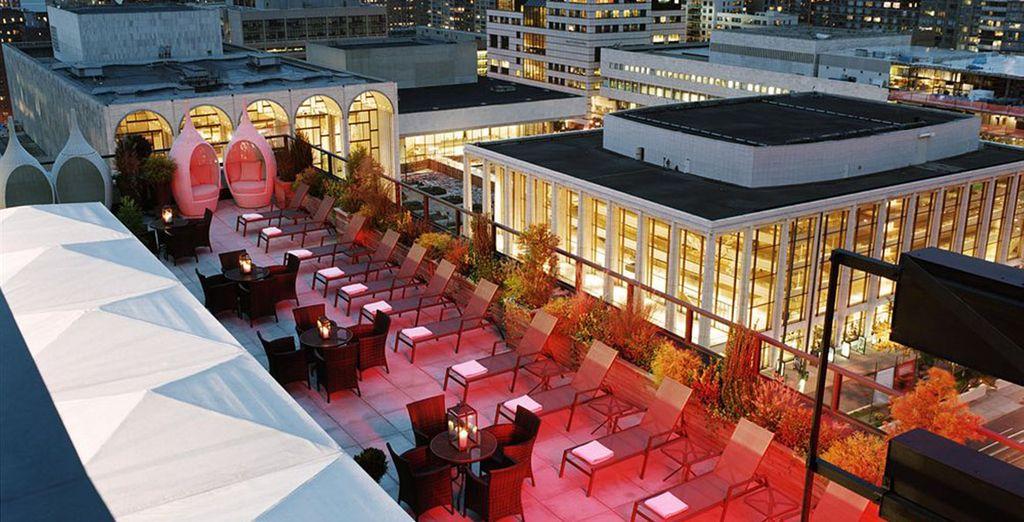 Su terraza tiene espectáculares vistas a la ciudad