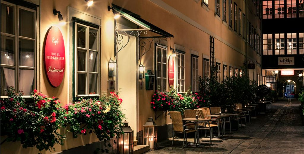 O el Mercure Grand Hotel Biedermeier 4*...