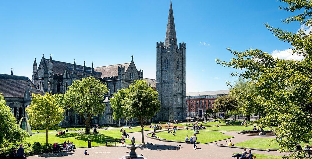 Visitarás la Catedral de San Patricio en Dublín