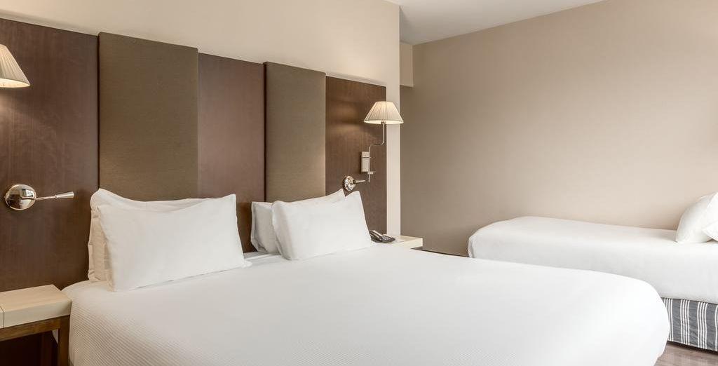 Hotel NH Brussels Stéphanie 4*