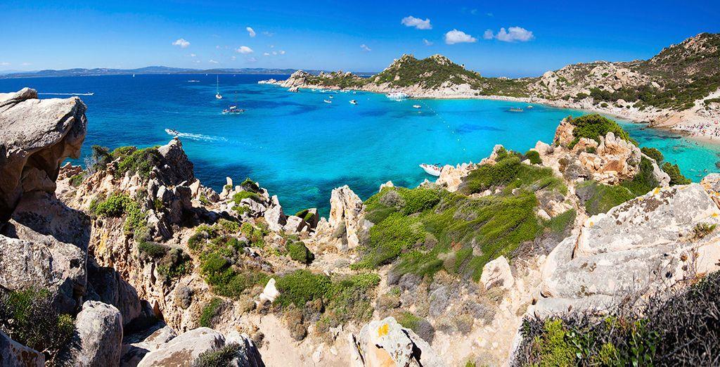 Visite las maravillosas playas de Cerdeña...