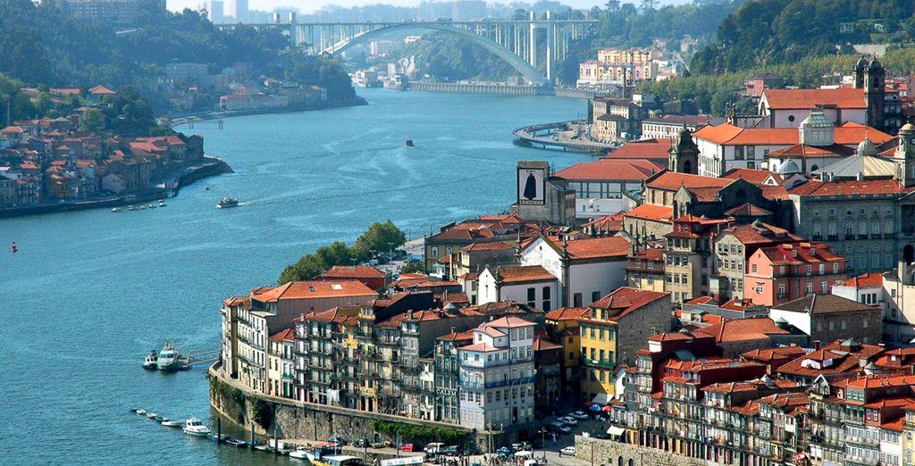 El río Duero en su paso por Porto