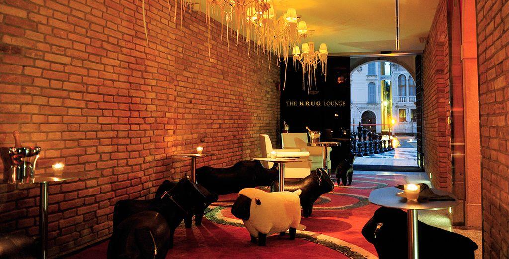 Descubra un hotel moderno y cosmopolita
