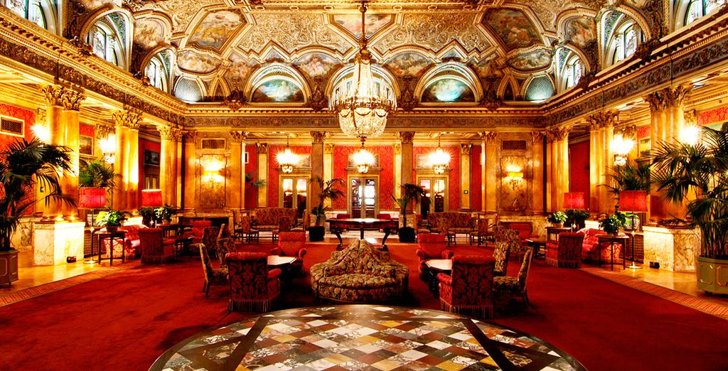 Hotel lujoso y de renombre ubicado en Via del Corso