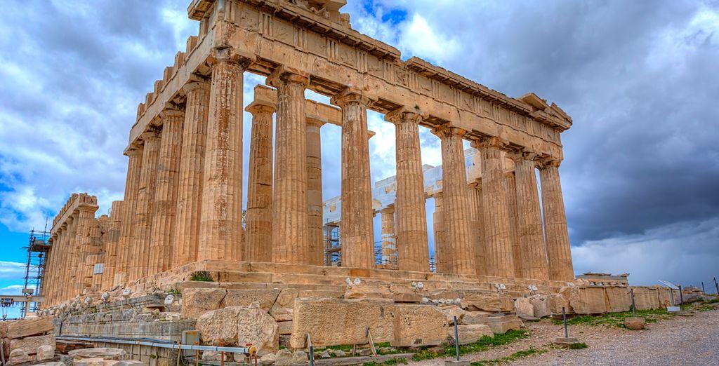 El Partenón se erigió en nombre de Atenea, la diosa de la guerra justa