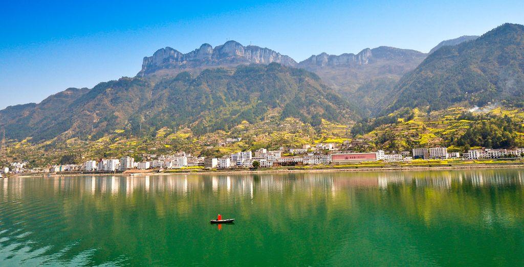 Yichang, a orillas del río Yangtse erá la última parada se su crucero