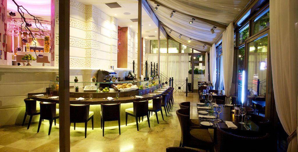 Disfrute de una Cena de 2 platos en el Restaurante Evoluzione en el segundo paso de su compra