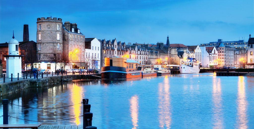 Atardecer sobre la capital de Escocia